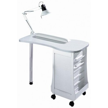 Manicure table empty