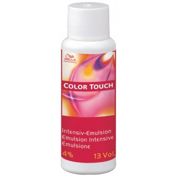 Emulsion intensive 4% Color Touch Wella 60ML